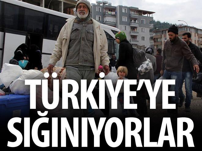 TÜRKMENLER TÜRKİYE'YE SIĞINIYOR