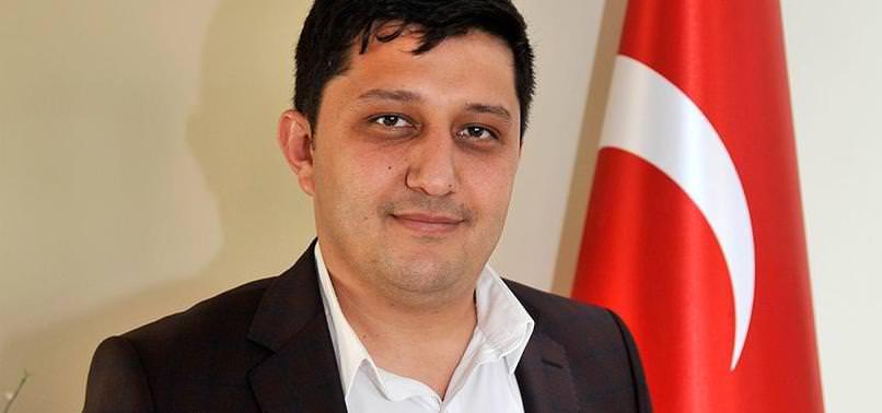 AK PARTİLİ GENÇLERDEN 'İSTİKLAL MARŞI' KLİBİ