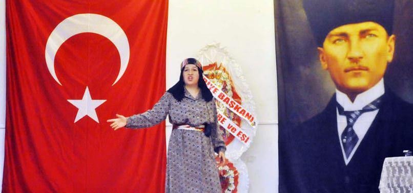 İSTİKLAL MARŞI'NA ÖDÜL KONMAZ DEDİ VE ÖDÜLÜ REDDETTİ