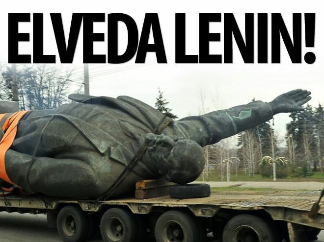 UKRAYNA'NIN EN BÜYÜK LENİN HEYKELİ SÖKÜLDÜ