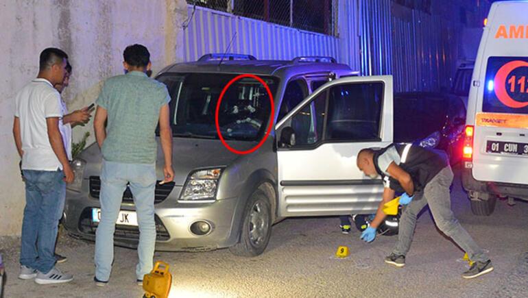 Adana'da araçta 12 kurşunla kanlı infaz   Video