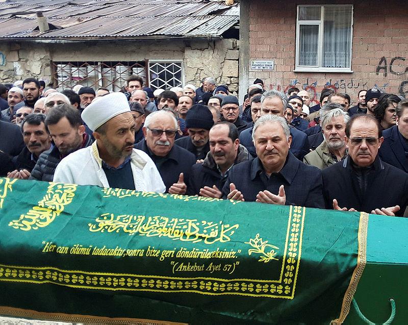 Bayburt'ta vahşice katledilen Zehra Erdemir son yolculuğuna uğurlandı  Video