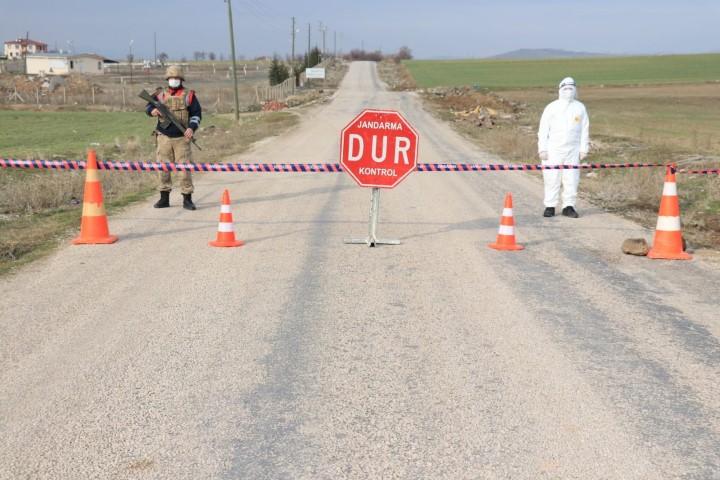 Çorumda vakalar artınca Yaylabaşı köyü 14 gün karantinaya alındı
