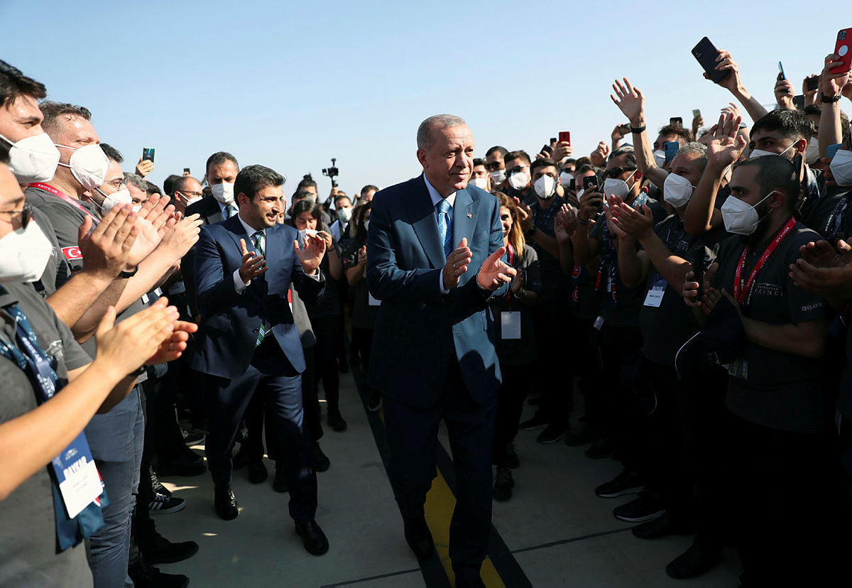 Başkan Recep Tayyip Erdoğandan Z kuşağı yorumu: Kurduğunuz her hayalde her projede biz yanınızdayız