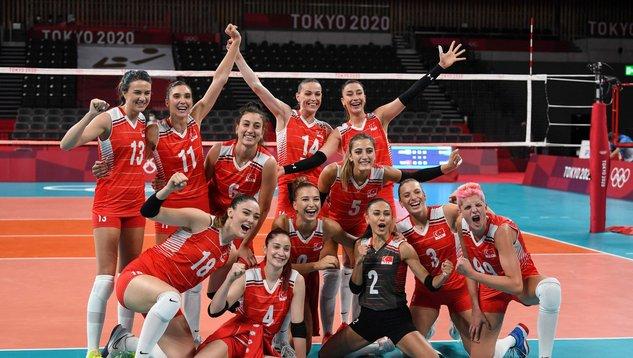 Türkiye- Hollanda 2021 CEV Avrupa Kadınlar Voleybol Şampiyonası üçüncülük maçı canlı anlatım izle