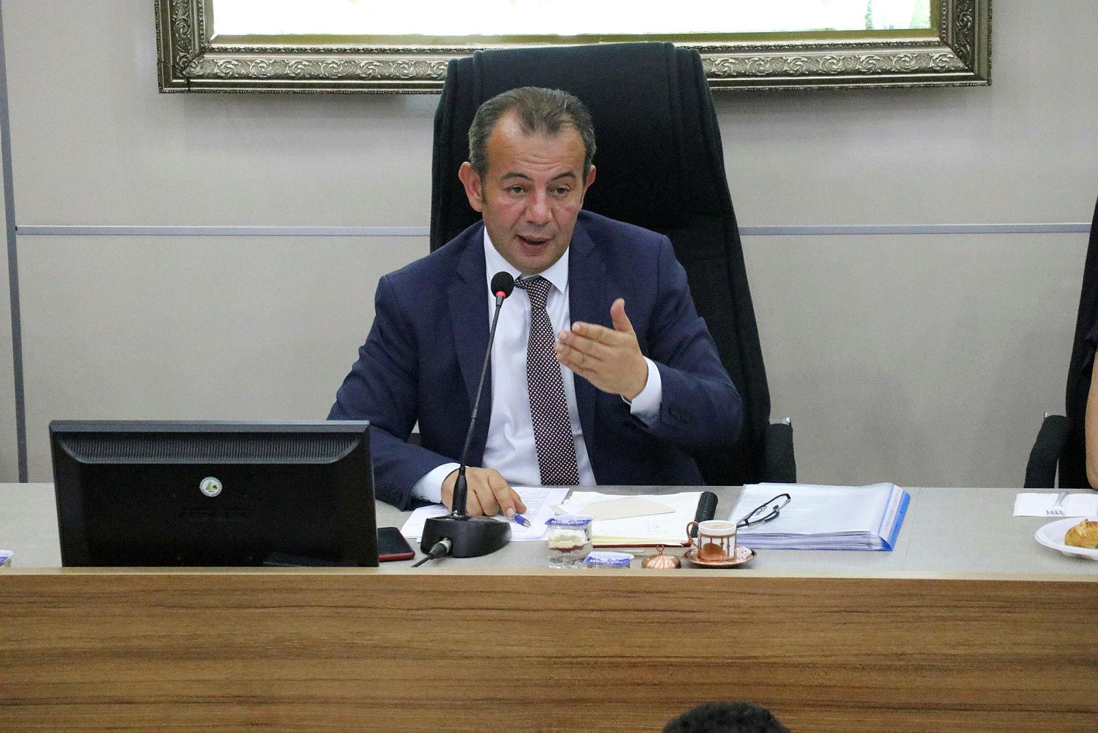 Skandal açıklamalara imza atan Bolu Belediye Başkanı Tanju Özcan CHPye rest çekti: Pişman değilim