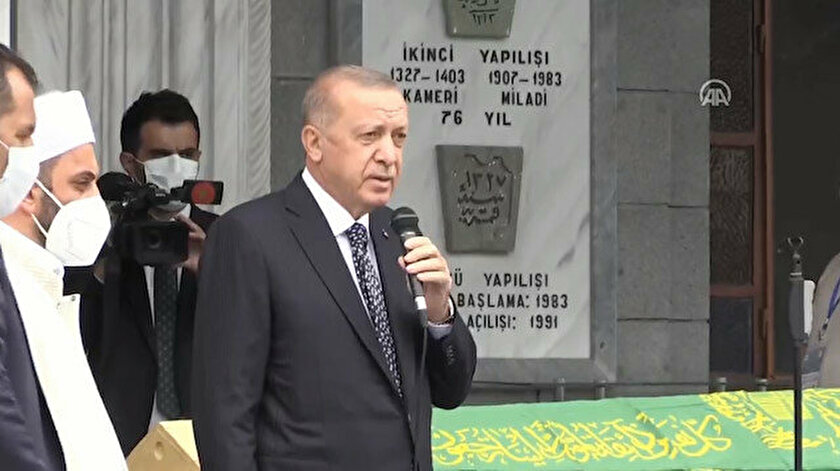Son dakika: Başkan Erdoğan Rizede! Güneysu Camiinin eski imamı Alim Osman Yılmazın cenaze namazına katıldı
