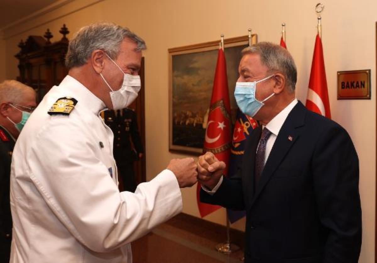 Milli Savunma Bakanı Hulusi Akar, NATO Askeri Komite Başkanı ile görüştü