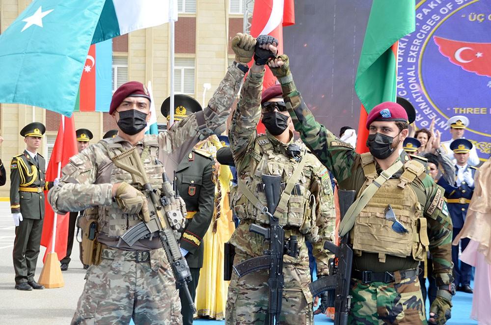 Türkiye Azerbaycan ve Pakistan Özel Kuvvetlerinden Baküde Üç Kardeş 2021 tatbikatı