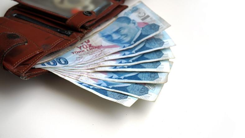 Faiz %0,49'dan 1,42'ye yükseliyor! Kredi borçlarına yapılandırma müjdesi! Bankalardan kredi çekenler...