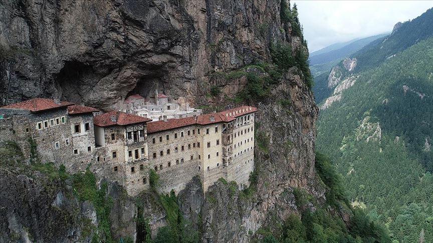 Trabzon'u ziyaret eden turist sayısı 8 ayda yüzde 235 arttı