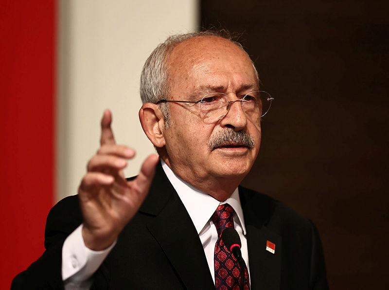 HDPyi Kürtlerin asli temsilcisi ilan eden Kılıçdaroğluna tepkiler çığ gibi