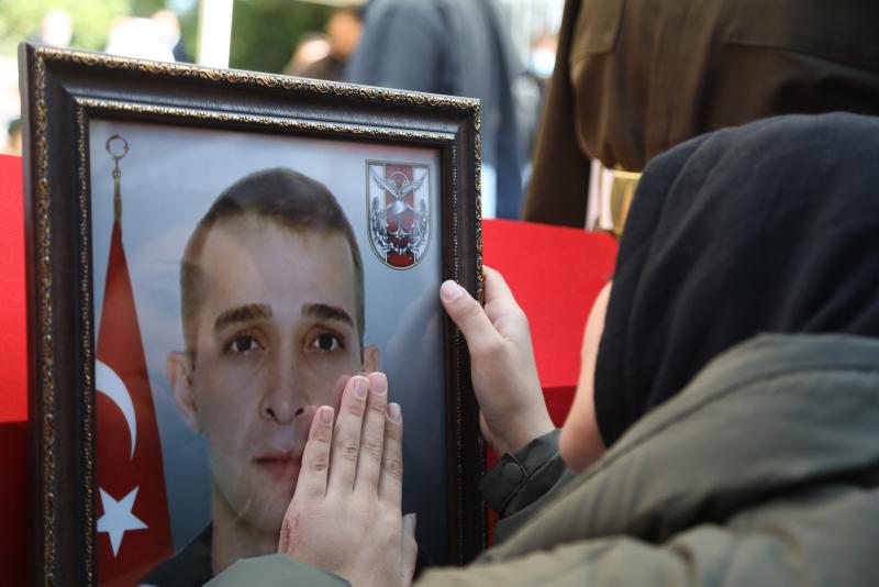 Fırat Kalkanı bölgesinde şehit olan asker Samsundatoprağa verildi