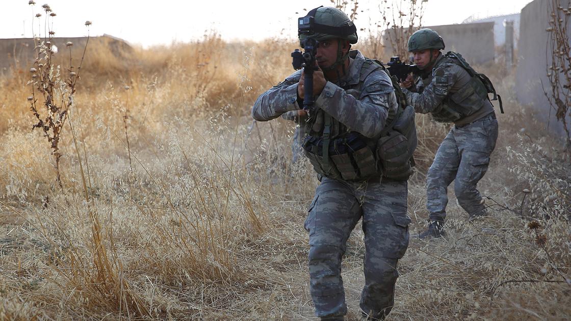 Şırnakta terör örgütü PKKya operasyon! 3 terörist silahlarıyla birlikte etkisiz hale getirildi