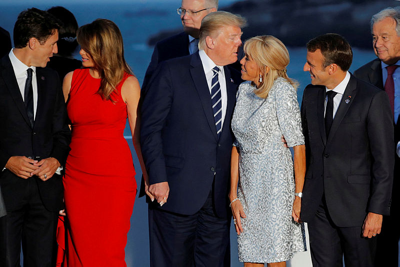G7 Zirvesi Ne Damga Vuran Fotograf Macron Un Esi Brigitte Trump I Boyle Optu