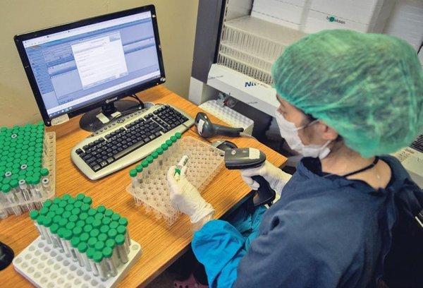İstanbul'un en büyük koronavirüs laboratuvarı! Yapak zekalı analiz...