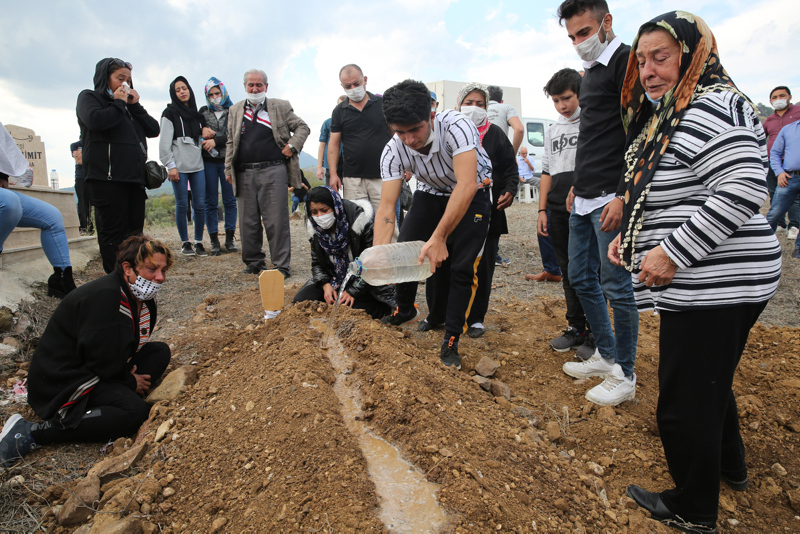 Gamze Acar'ın mezarında dikkat çeken detaylar