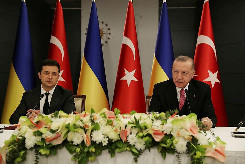 Ukrayna Devlet Başkanı Zelenskiy'den vatandaşlarına çağrı: 'Türkiye'ye tatile gidin'