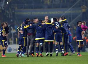 Fenerbahçe-Beşiktaş derbisinin capsleri