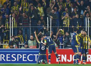 Fenerbahçe tur için büyük avantaj elde etti