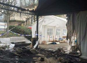 Brükseldeki PKK çadırı yakıldı
