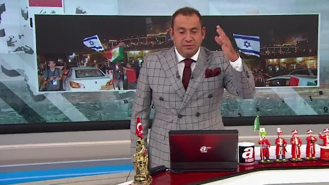 Barzani'nin referandumu İsrail bayraklarıyla kutlandı