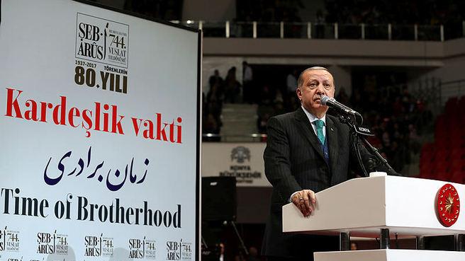 Cumhurbaşkanı Erdoğan'dan Mevlana örneği