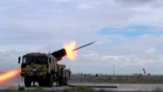 İşte 4 kat güçlü roketlerin test görüntüleri
