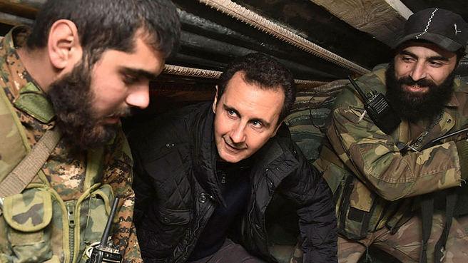 Katil Esad cellatlarını ziyaret etti